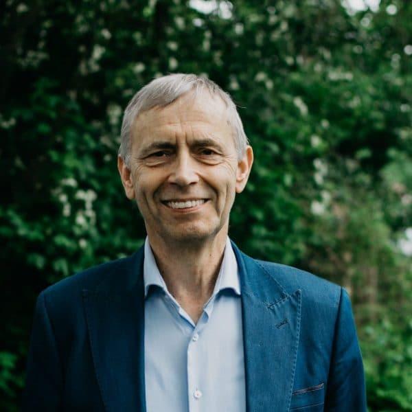 Pastor Paul van der Boom